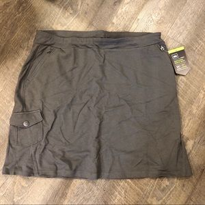REI NorthwayTravel Skirt / lg